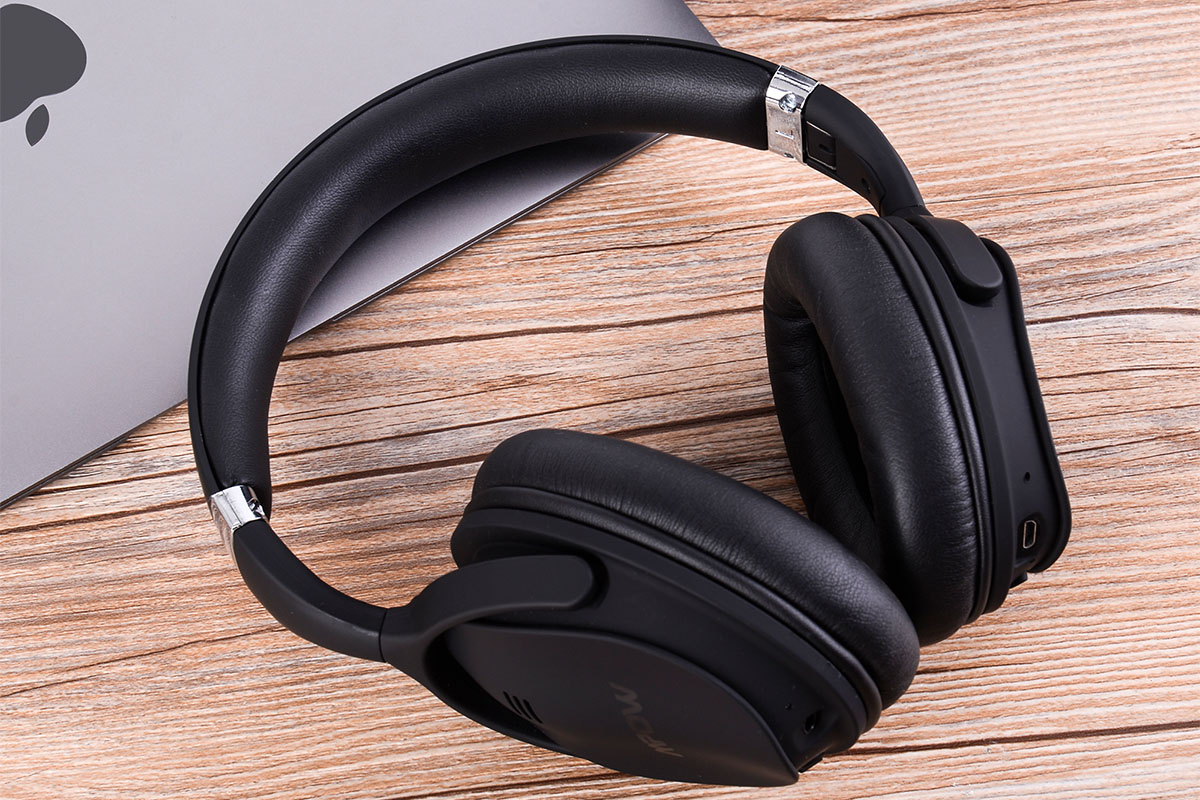 These Wireless Noise-Canceling Headphones Are Just $40